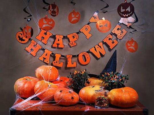 """Schriftzug-Girlande """"Happy Halloween"""" - orange - 2,1 m - Beispieldekoration"""